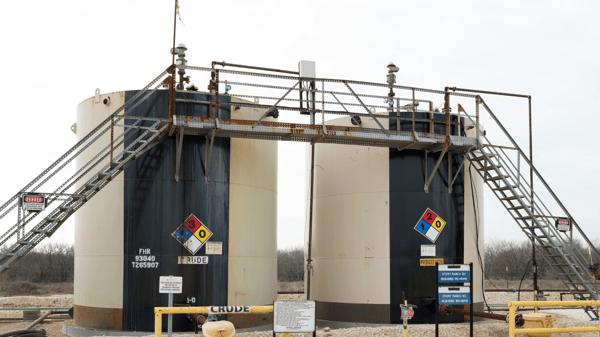 demulsifiers in crude oil tanks